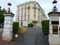 Vue du bâtiment de l'appartement Acanthe (location à Néris-Les-Bains)