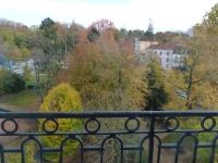 Vue de l'extérieur depuis l'appartement Acanthe (location à Néris-Les-Bains)